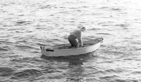 Johannes Hamre i lettbåten
